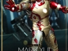 mark_xlii_hot_toys_iron_man_homem_de_ferro_sideshow_collectibles_toyreview-com_-br_mark_42-6
