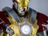 MARK_XXXVII_37_IRON_MAN_HOMEM_DE_FERRO_HOT_TOYS_HEARTBREAKER_PHOTO_REVIEW_FOTO_TOYREVIEW.COM (10).jpg