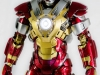 MARK_XXXVII_37_IRON_MAN_HOMEM_DE_FERRO_HOT_TOYS_HEARTBREAKER_PHOTO_REVIEW_FOTO_TOYREVIEW.COM (3).jpg