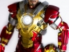 MARK_XXXVII_37_IRON_MAN_HOMEM_DE_FERRO_HOT_TOYS_HEARTBREAKER_PHOTO_REVIEW_FOTO_TOYREVIEW.COM (7).jpg