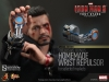 9021011-tony-stark-the-mechanic-001_toyreview-com_-br-1
