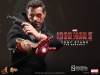9021011-tony-stark-the-mechanic-001_toyreview-com_-br-11