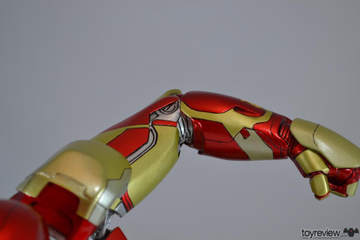 Iron_Man_Mark_42_Iron_Studios_Legacy_Replica_ToyReview.com (17)
