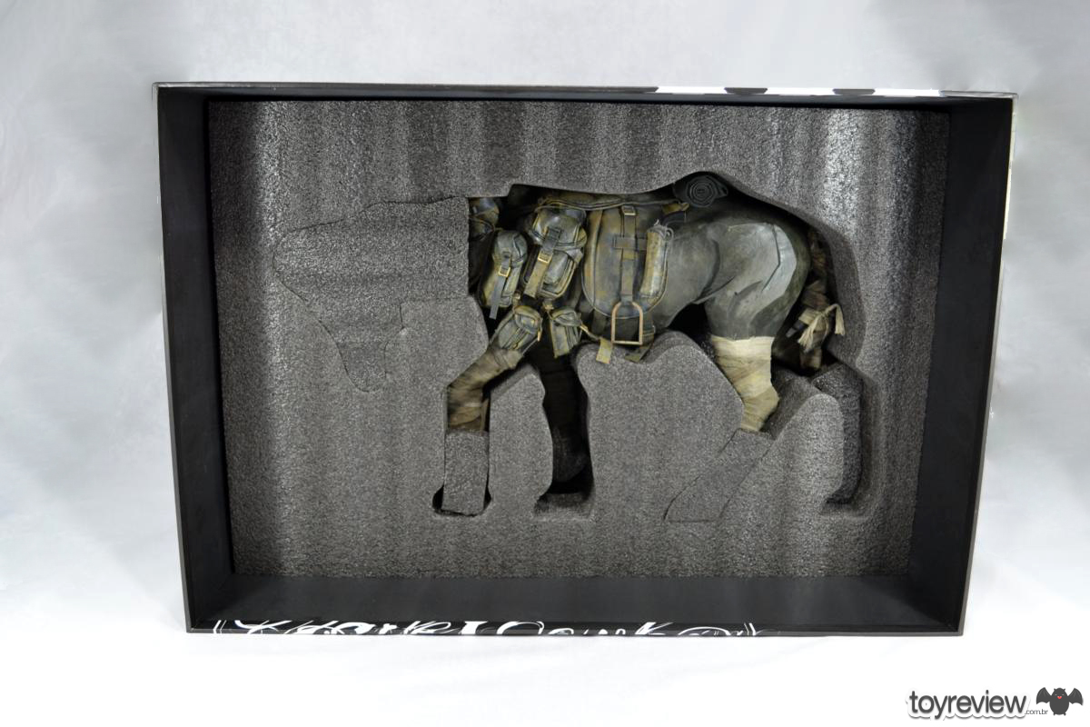Dark_Cowboy_In_service_Of_him_Dead_Equine_3A_Toys_ToyReview.com (16)