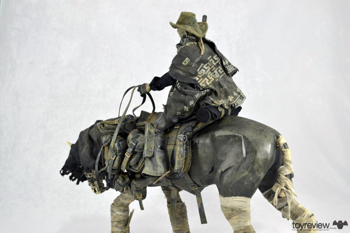 Dark_Cowboy_In_service_Of_him_Dead_Equine_3A_Toys_ToyReview.com (76)