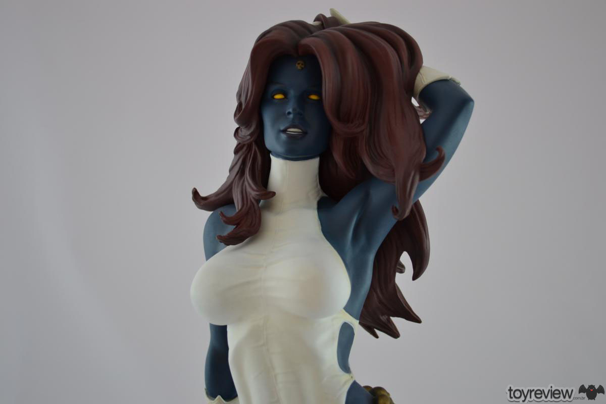 mystique-comiquette-sideshow-collectibles-adam-hughes (12)_1200x800