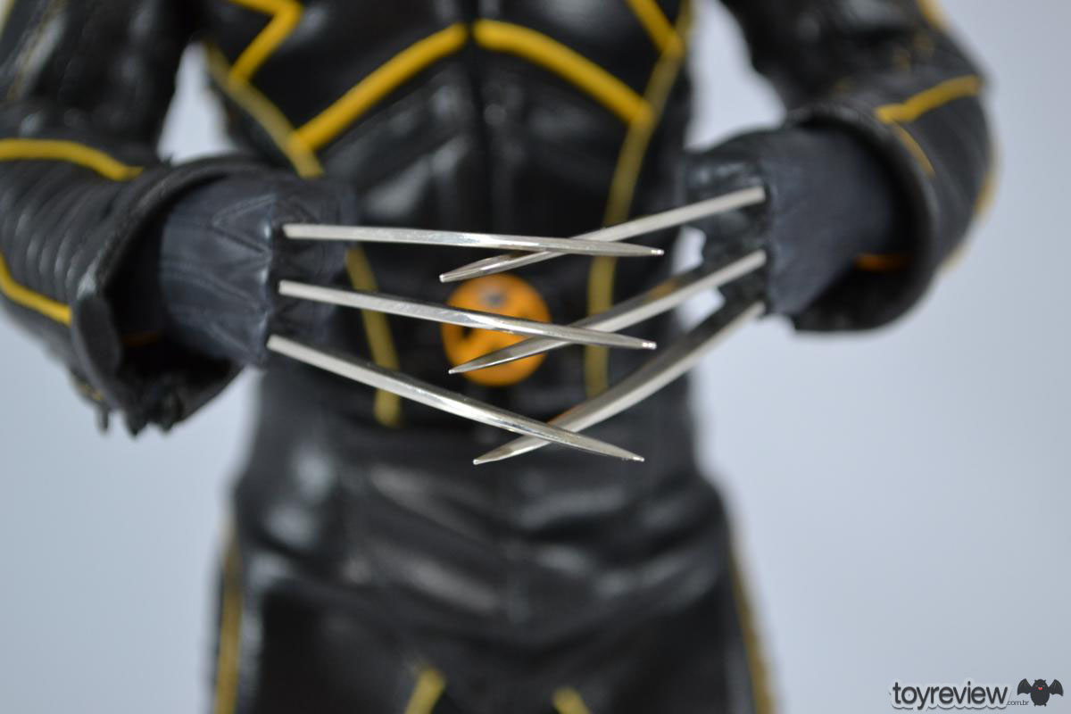 Wolverine_Last_STand_Hot_Toys_Review_ToyReview.com (34)