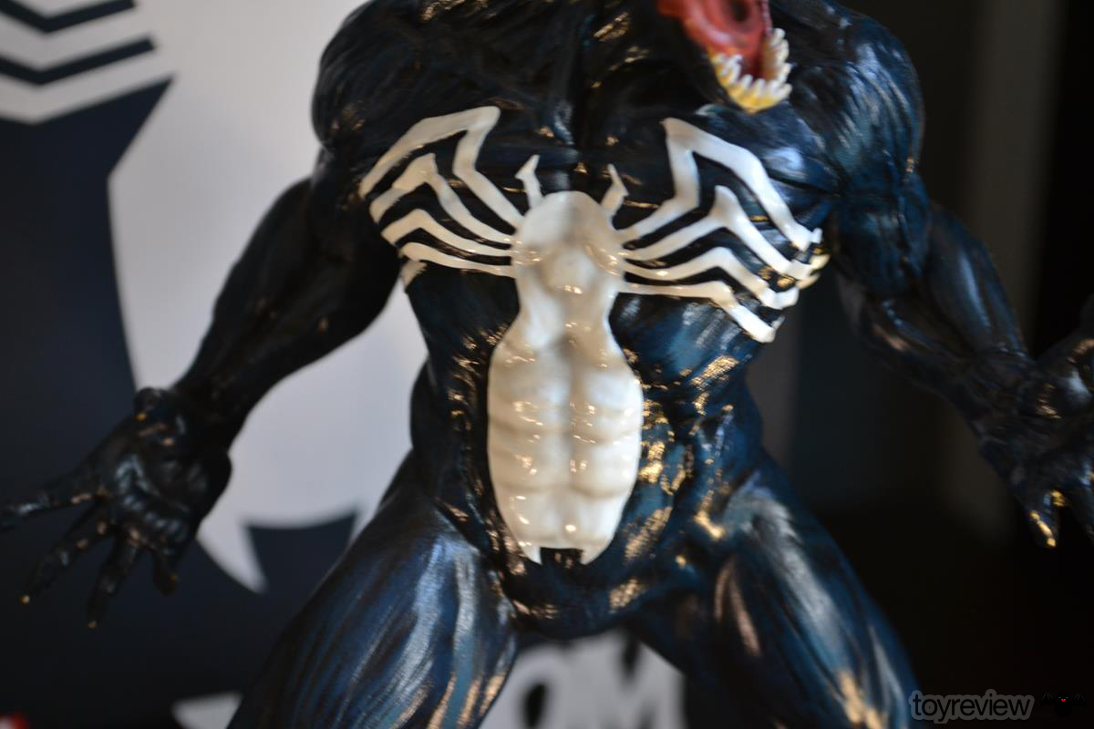 IRON_STUDIOS_TOY_REVIEW_ART_SCALE_VENOM_REVIEW (21)