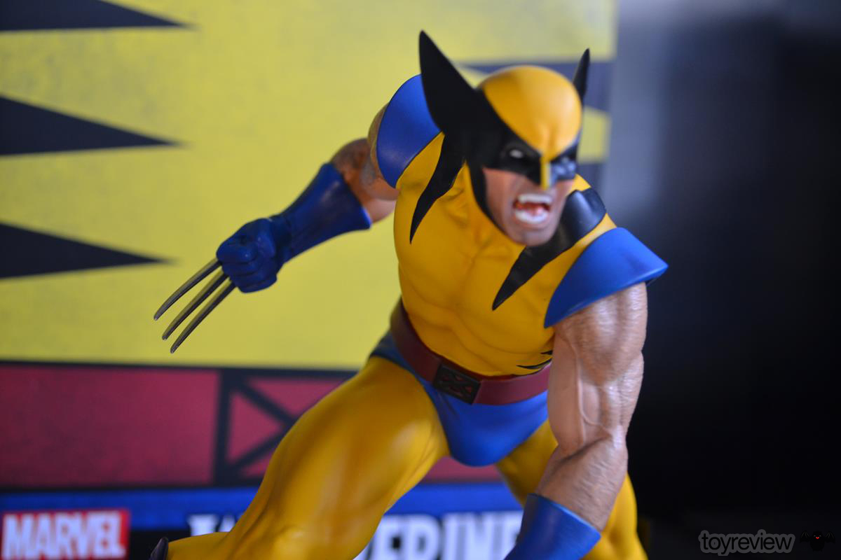 IRON_STUDIOS_TOY_REVIEW_ART_SCALE_WOLVERINE_REVIEW (10)
