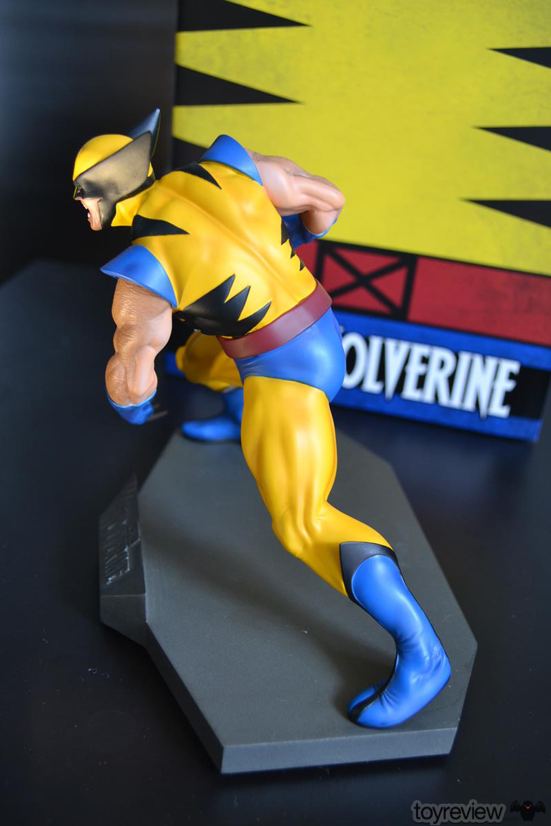 IRON_STUDIOS_TOY_REVIEW_ART_SCALE_WOLVERINE_REVIEW (16)