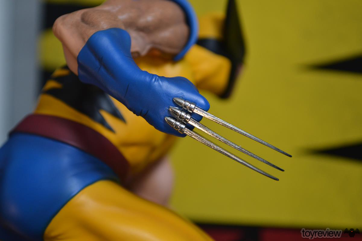 IRON_STUDIOS_TOY_REVIEW_ART_SCALE_WOLVERINE_REVIEW (22)
