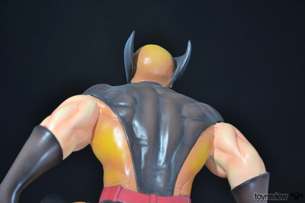 COLOSSUS_WOLVERINE_FASTBALL_SPECIAL_HALIMAW_SCULPTURES_DIORAMA_TOYREVIEW (106)