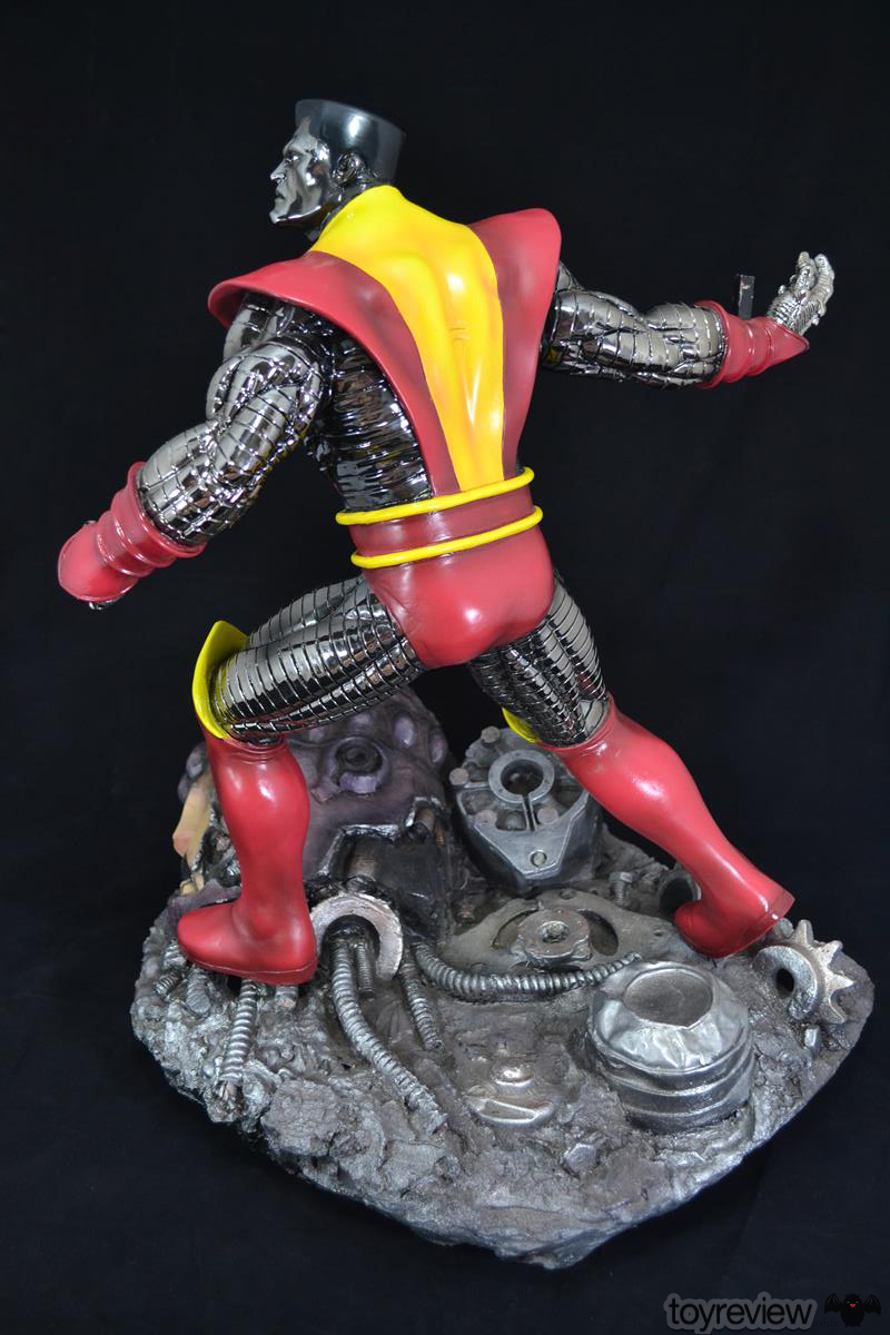 COLOSSUS_WOLVERINE_FASTBALL_SPECIAL_HALIMAW_SCULPTURES_DIORAMA_TOYREVIEW (48)