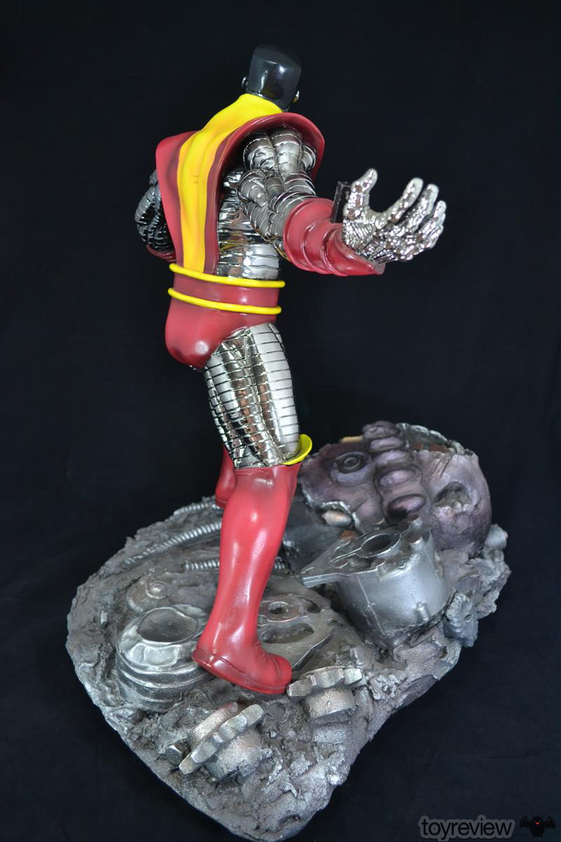 COLOSSUS_WOLVERINE_FASTBALL_SPECIAL_HALIMAW_SCULPTURES_DIORAMA_TOYREVIEW (50)