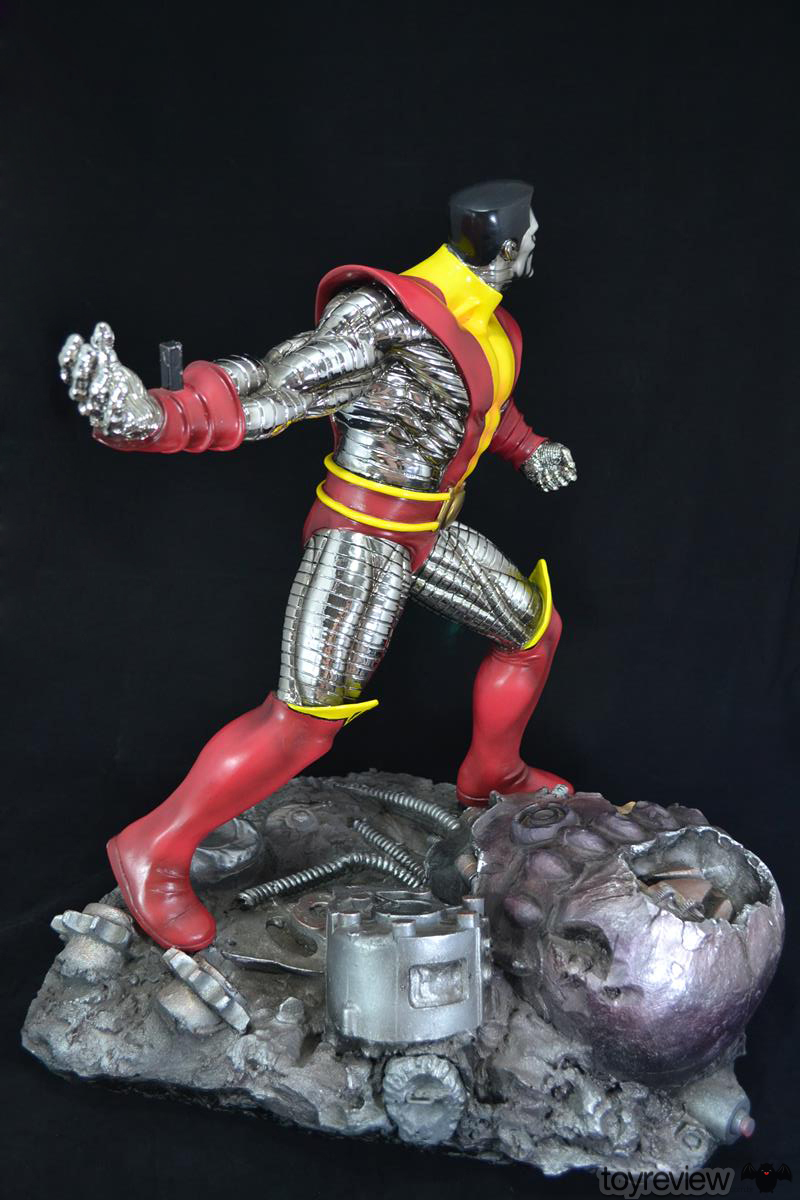 COLOSSUS_WOLVERINE_FASTBALL_SPECIAL_HALIMAW_SCULPTURES_DIORAMA_TOYREVIEW (56)