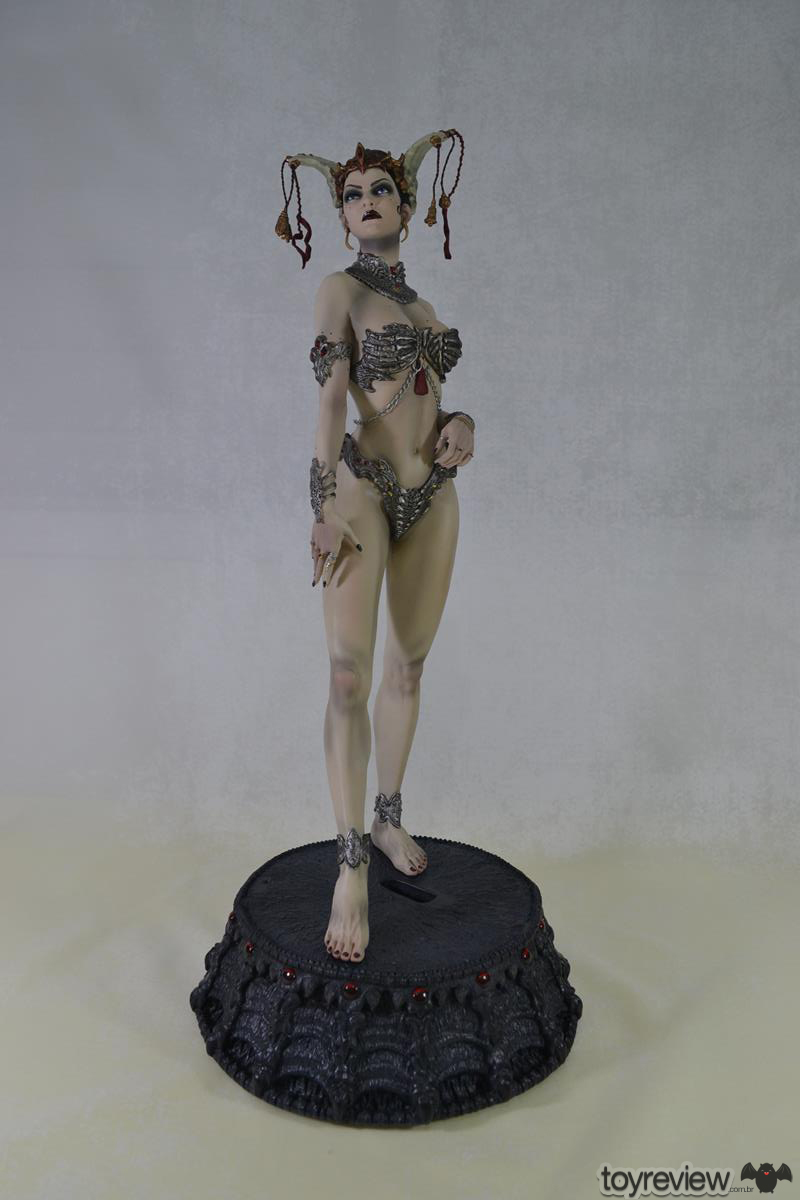 GETHSEMONI_THE_QUEEN_OF_THE_DEAD_PREMIUM_FORMAT_SIDESHOW_COLLECTIBLES_TOYREVIEW (12)