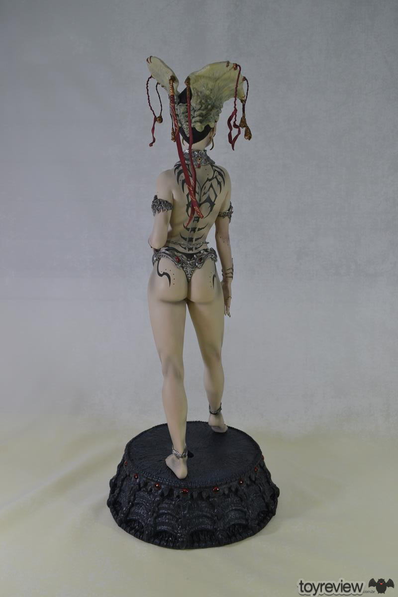 GETHSEMONI_THE_QUEEN_OF_THE_DEAD_PREMIUM_FORMAT_SIDESHOW_COLLECTIBLES_TOYREVIEW (14)