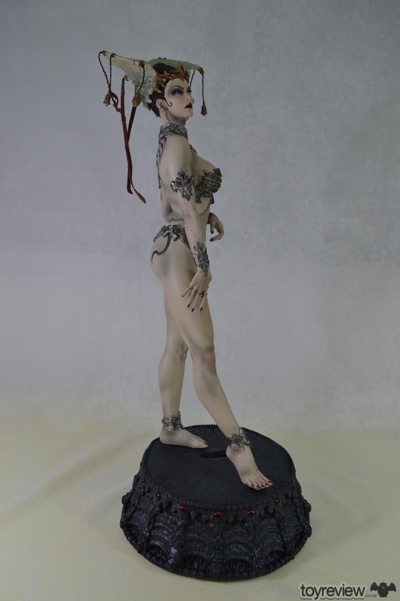 GETHSEMONI_THE_QUEEN_OF_THE_DEAD_PREMIUM_FORMAT_SIDESHOW_COLLECTIBLES_TOYREVIEW (15)
