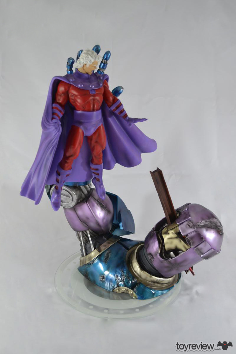 MAGNETO_VS_SENTINEL_BATTLE_DIORAMA_IRON_STUDIOS_TOYREVIEW.COM (1)