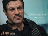 barney_ross_hot_toys_the_expandables_ii_os_mercenarios_ii_silvester_stallone_hot_toys_sideshow_collectibles_toyreview-com_-br-10