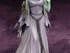 902176-lily-munster-001