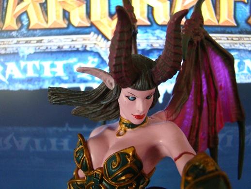 World of Warcraft – Series # 4 – Succubus Demon: Amberlash – DC Unlimited (2009)