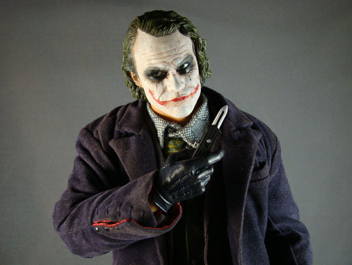Batman The Dark Knight - 1/6 The Joker collectible figure - HOT TOYS (2009)